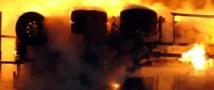 В Перми возле АЗС загорелись бензовозы с топливом.