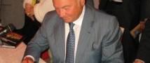 «И так жить нельзя!»: Юрий Лужков рассуждает об экономических проблемах России