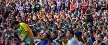250 000 зрителей собрал концерт Queen и Элтона Джона на киевском майдане