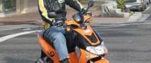 Скоро запретят ездить на скутерах без наличия водительских прав