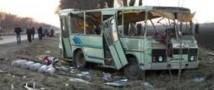 В Краснодарском крае грузовик столкнулся с микроавтобусом