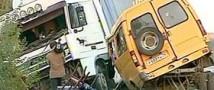 Водитель заснул за рулем: девять человек погибло