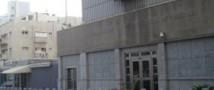 На охранника американского посольства в Израиле напал мужчина с топором