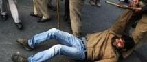 В ходе акции протеста в Индии убит журналист