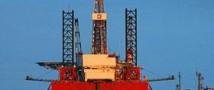 В связи с увеличением запасов сырья в США нефть дешевеет