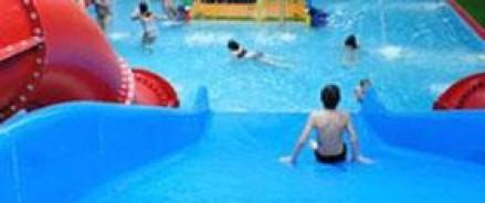 Мальчик, захлебнувшийся в аквапарке, впал в кому