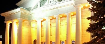 В Саратове открылась  выставка художников театра.