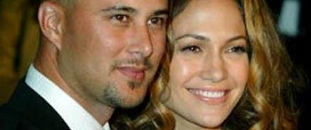 Бывший муж Дженифер Лопес: «Джей попросту не подпускала меня к себе»