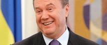 Янукович решил помиловать двоих министров
