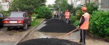 В Томске во время укладки дороги мужчину задавил каток