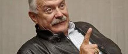 Михалков пострадал от «дебилов в интернете»