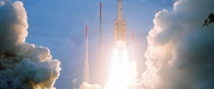 В Катаре запустили первый спутник
