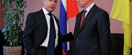 Медведев опроверг слухи о визовом режиме между Россией и Украиной