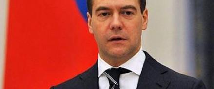 Медведев поздравил руководителя «Ленком» с юбилеем