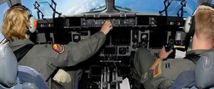 Вместо пилота, самолёт посадил пассажир