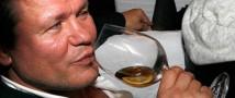 Актера Олега Тактарова оштрафовали на 1,5 тысячи рублей за дебош