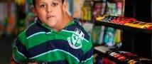 Мальчика с нереальной опухолью на шее стали лечить «виагрой»