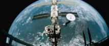 Выход астронавтов NASA прервался из-за поломки скафандра
