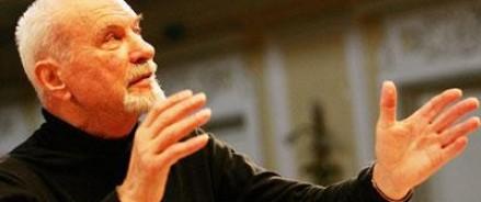 Знаменитому дирижеру и художественному руководителю Московского  государственного академического камерного хора Владимиру Минину исполнилось 85 лет