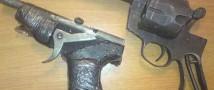 Двадцать четыре единицы самопального огнестрельного оружия изъяли у жителя нижегородской области