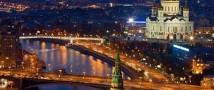 Две москвички отобрали у египтянина радиоуправляемую машинку