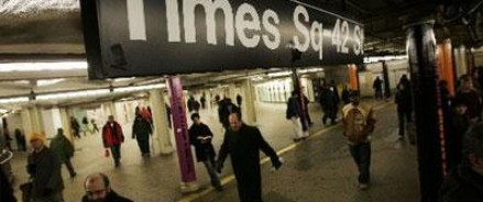 В Нью-Йорке в метро сошли вагоны