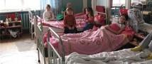 В Дагестане во время выпускного вечера из-за пищевого отравления умерла девочка и пятнадцать детей находятся в больнице