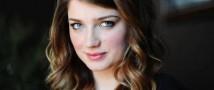 Младшая дочь вокалиста группы U2 стала актрисой