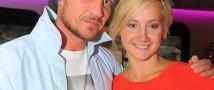 Роман Костомаров и Оксана Домнина приняли решение официально оформить отношения