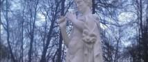 Вандалы безнадежно испортили статую Сатира в парке-музее Гатчине