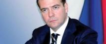 К премьер-министру РФ обратились с просьбой запретить продажу кока-колы в образовательных учреждениях