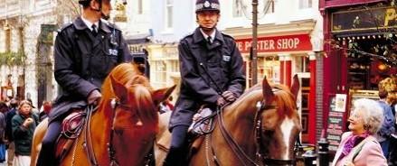 Планировалось покушение на королеву: в Лондоне все приезжие под подозрением полиции