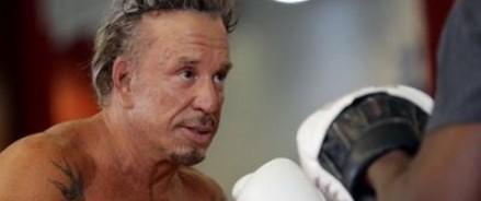 В Москве пройдет боксерский поединок между Микки Рурком и Эллиотом Сеймуром