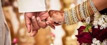 В Индии невеста поменяла на свадьбе одного жениха на другого