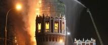 Факел в ночи: насколько серьезны повреждения колокольни Новодевичьего монастыря?