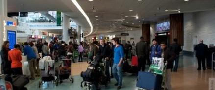 Француз предпринял попытку вывести в чемодане россиянку, которая хотела попасть в зону Евросоюза