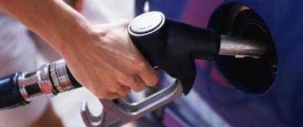 Бензин обходится россиянам дороже покупки нового авто
