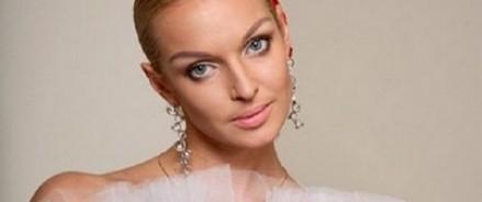 Анастасия Волочкова рассказала о своем первом романтическом увлечении