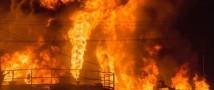 Пожар на нефтебазе под Киевом продолжается