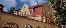 Россия требует расследовать нападение на генеральное консульство РФ в Харькове