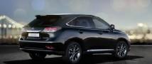 Подмосковный пристав попалась за рулем арестованного Lexus