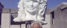 Казахский скульптор подарит родственникам Жанны Фриске статую артистки