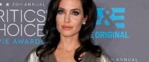 Журналисты подозревают у Джоли рак