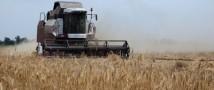 Краснодар: сельскохозяйственная техника не смогла разминуться с поездом