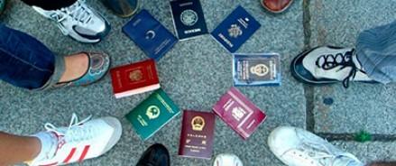 Тринадцать процентов россиян желают жить за границей