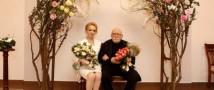 Армен Джигарханян скрепил брачные узы с 36-летней сотрудницей театра