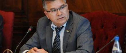 Премьер Коми вместе с правительством отправлен в отставку за экономические преступления