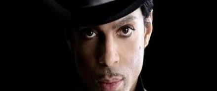 Во всем мире сегодня скорбят почитатели таланта певца Принца