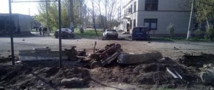 Дух 90-х: В Херсонской области — на границе с Крымом — взрывают машины и кафе