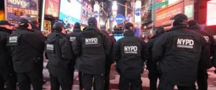 Джулианна Мур поддержала ежегодную акцию протеста против свободной продажи оружия, проходящую в Нью-Йорке